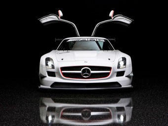 full frontal gullwing
